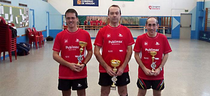cai-santiago-podio-veteranos-2017